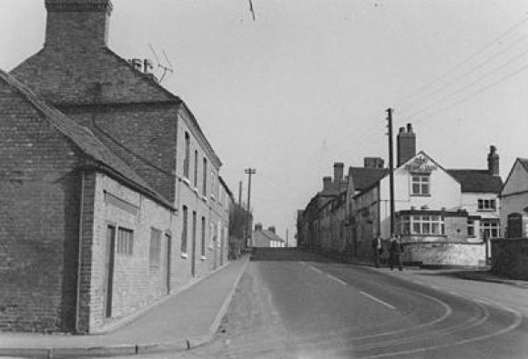 Leicester Road, Sharnford....on a quiet day many years ago